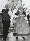 National Folk Festival Canberra: Australian Pioneer Dancers display on the Piazza, Sandra Martens & Roger Gifford, Easter 1997 / Brendan Bell